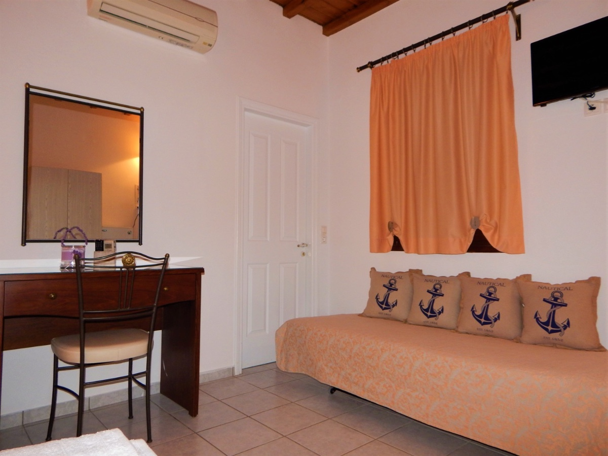Rooms of Tinos Suites & Apartments